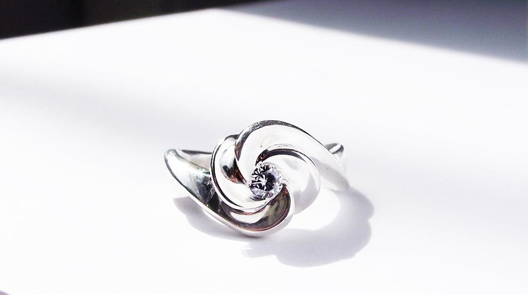 Custom Engagement and Wedding ring2_ DSCF9278